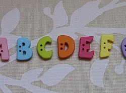 Boutons - Lettres colorées 1