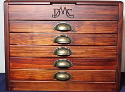 DMC - Meuble en bois  Série limitée 1