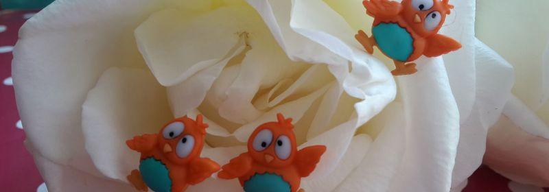 Bouton – chouette orange au ventre turquoise