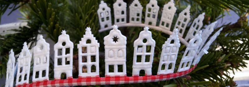 Guirlande – Maisons du nord écrues/vichy rouge