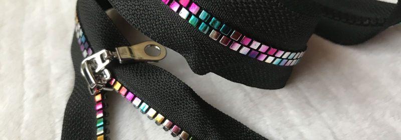 Fermeture – Multicolore sur noir séparable