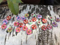 boutons plats motifs papillons