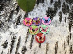 boutons plastiques motif papillon